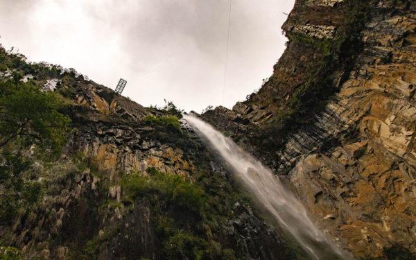 Como chegar na parte baixa da Cascata do Avencal