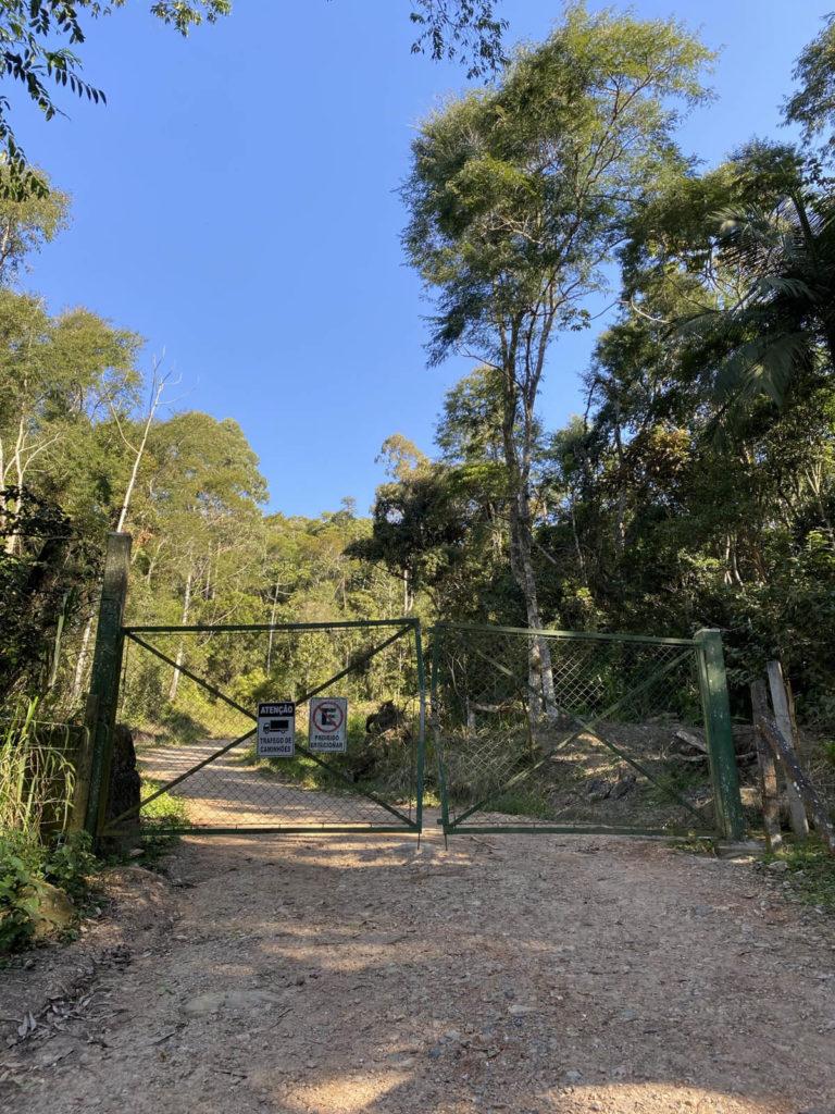 trilha-pico-da-pedra-camboriu (2)