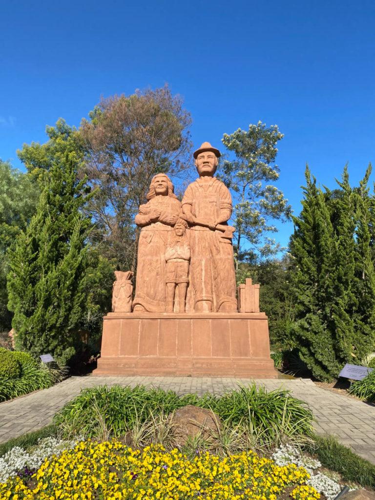 Uma atração inusitada para o turismo de Nova Petrópolis, conheça: Esculturas Parque Pedras do Silêncio