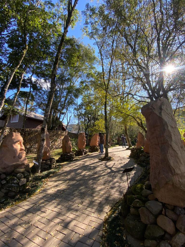 esculturas-parque-pedras-do-silencio-nova-petropolis (4)
